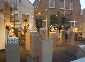 Ausstellung Kunstselbstbaupakete